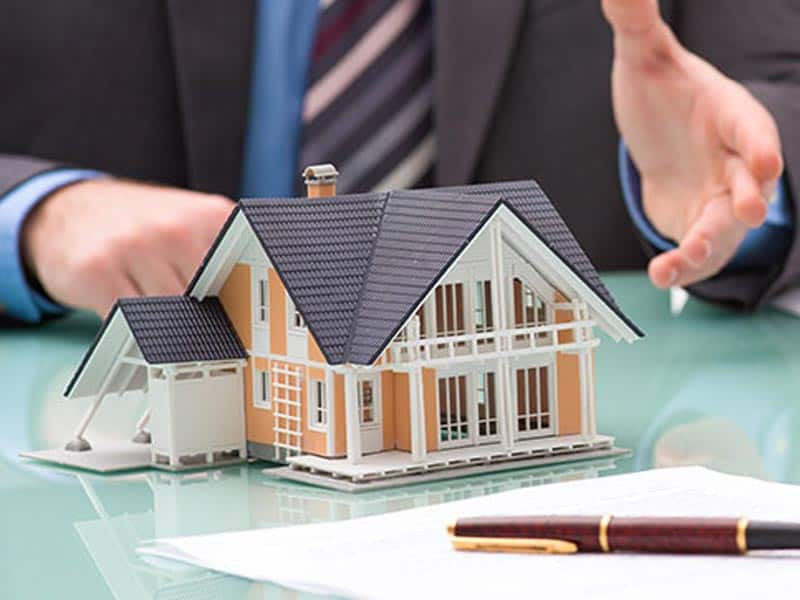 What Property Investors Should Do in a Buyers' Market
