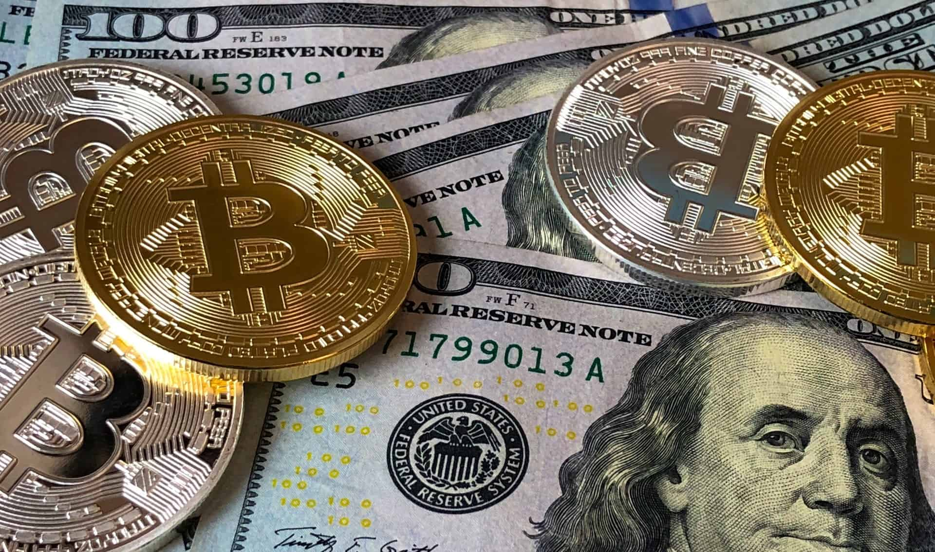 Bitcoin displays V-shaped recovery as correlations spike